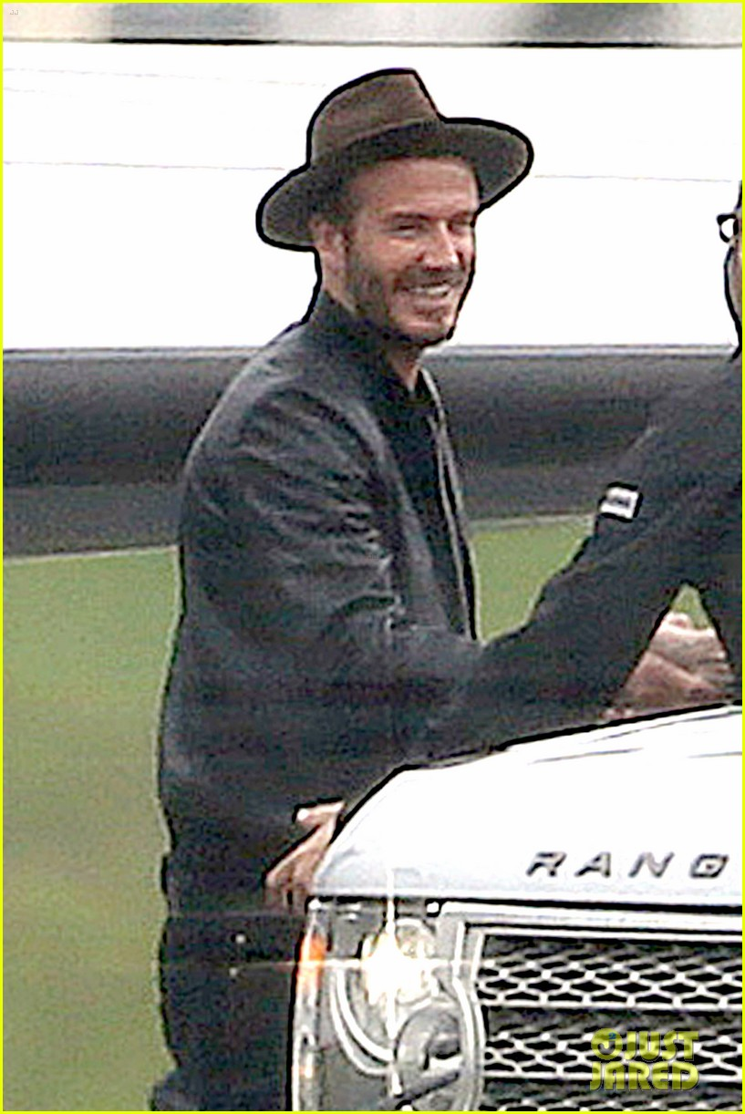 victoria david beckham spend time on separate continents 093112534