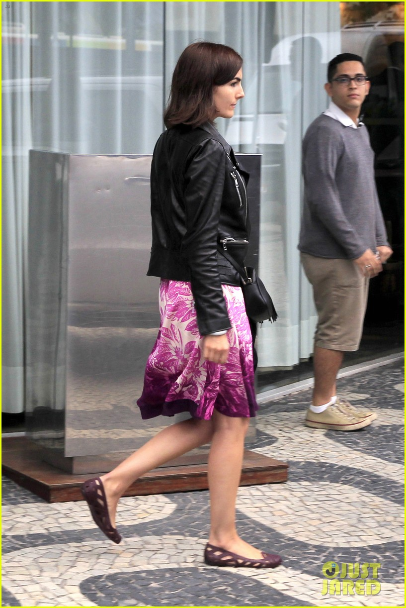 camilla belle continues her tour of brazil with gucci 033124807