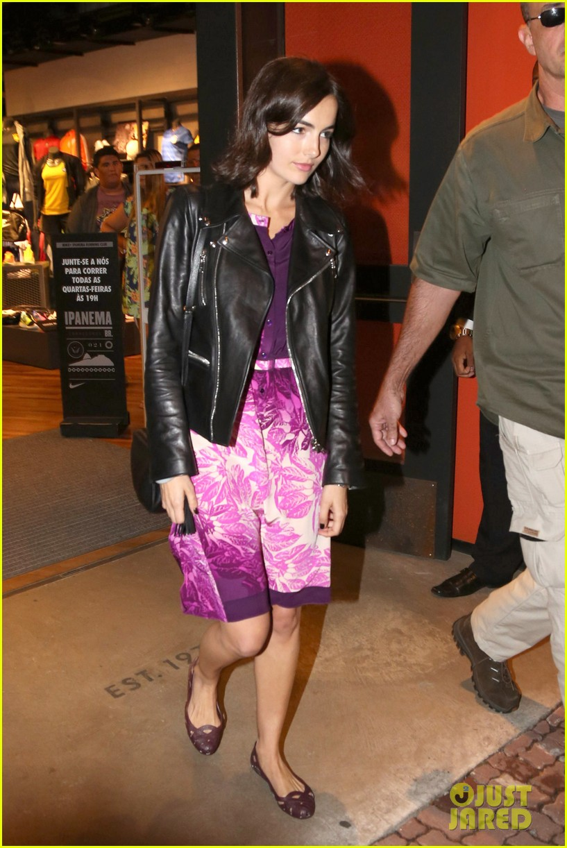 camilla belle continues her tour of brazil with gucci 053124809