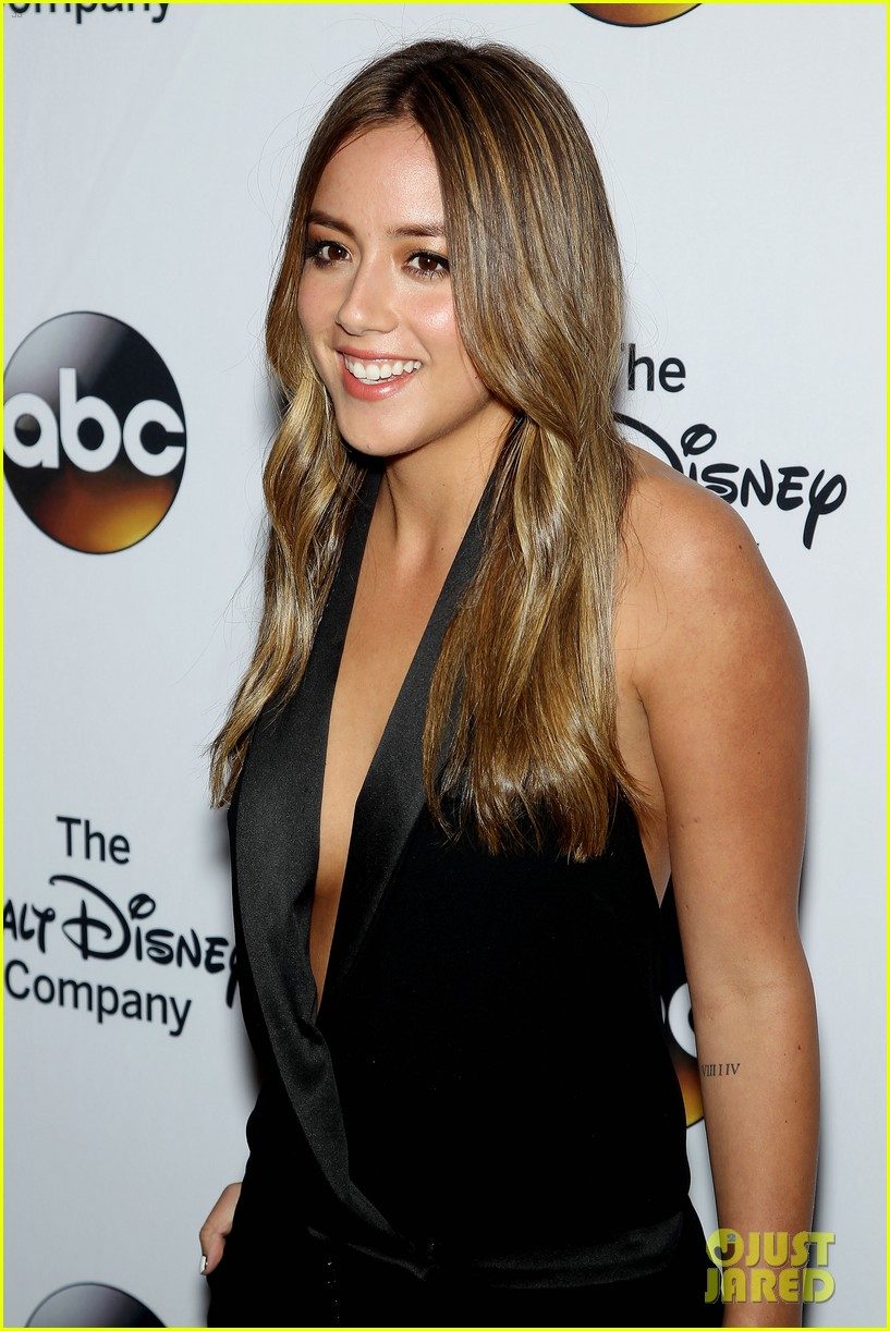 Young Chloe Bennet nude (45 foto and video), Pussy, Leaked, Boobs, lingerie 2020