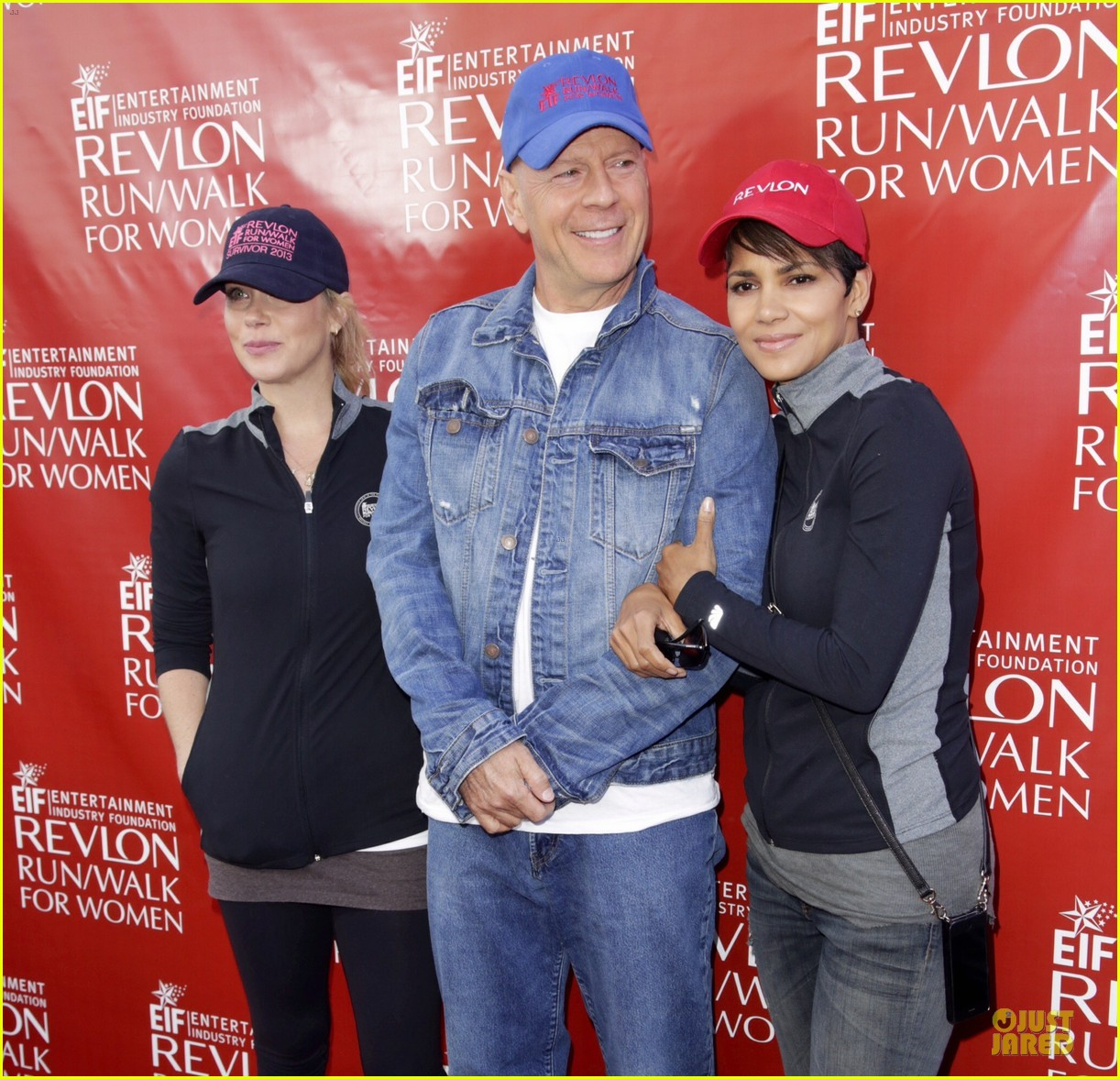 halle berry bruce willis wif revlon run 133110041