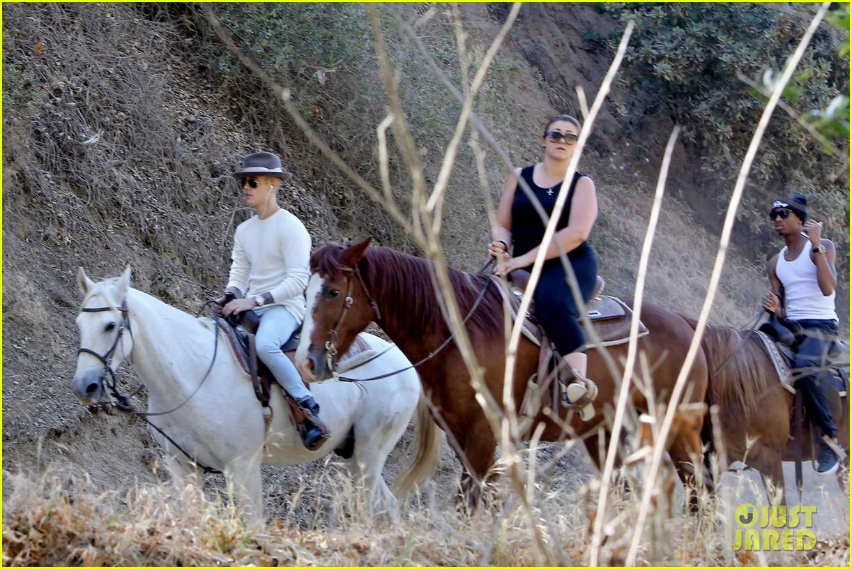 justin bieber shirtless horseback ride 243112060