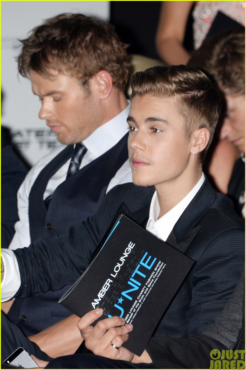 justin bieber and kellan lutz hang out at amber lounge 2014 gala in monaco04