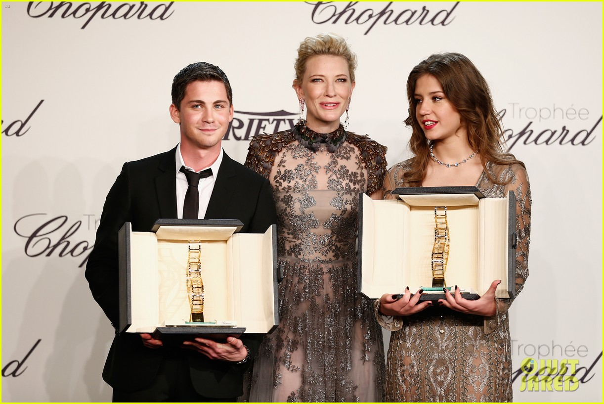 cate blanchett honors young stars with chopard trophy 133114609