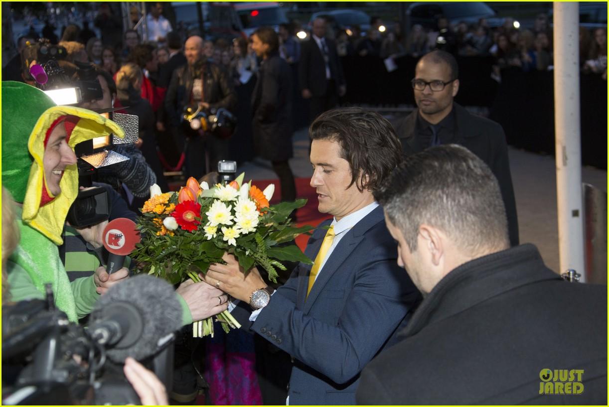 orlando bloom yellow tie zulu germany premiere 083106632