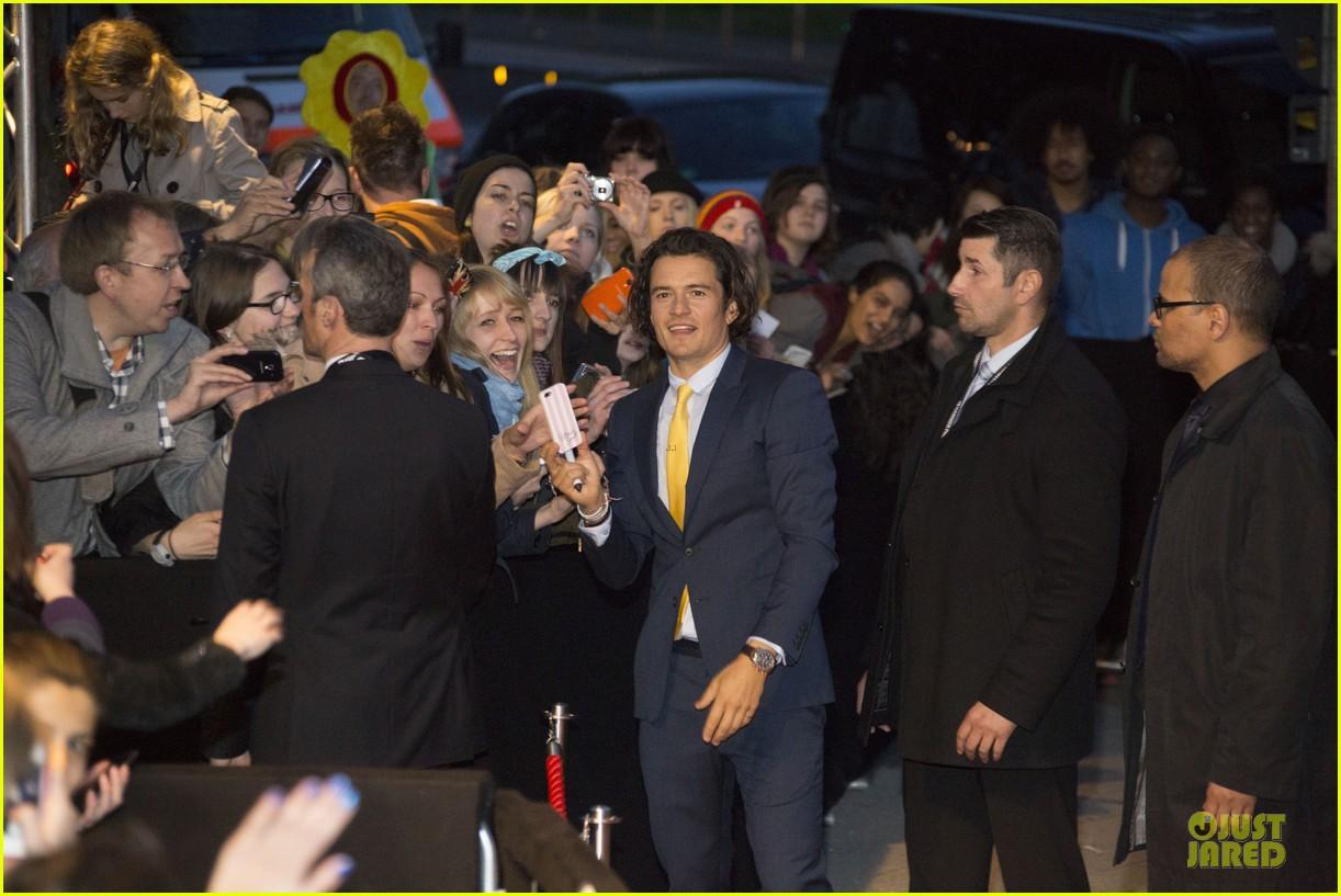 orlando bloom yellow tie zulu germany premiere 143106638