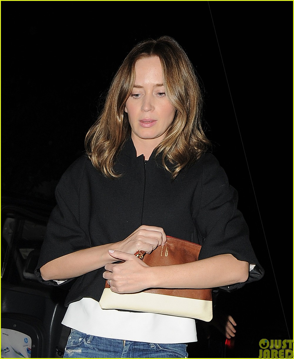 emily blunt and john krasinski hit the town with chris martin and jeremy renner33