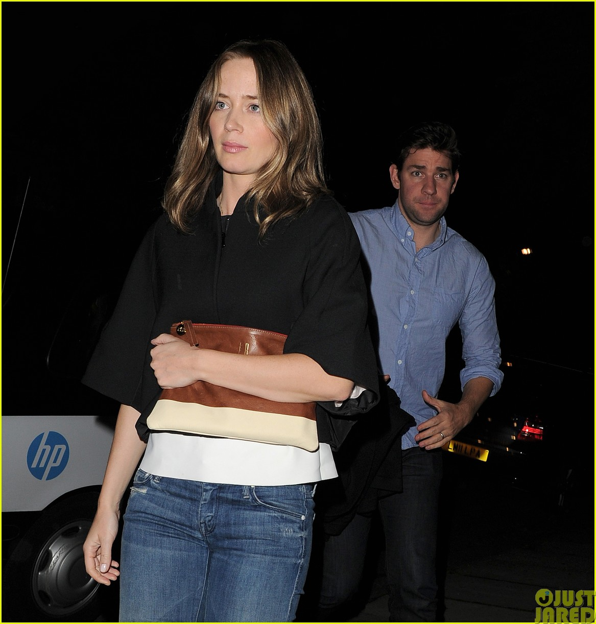 emily blunt and john krasinski hit the town with chris martin and jeremy renner413121102