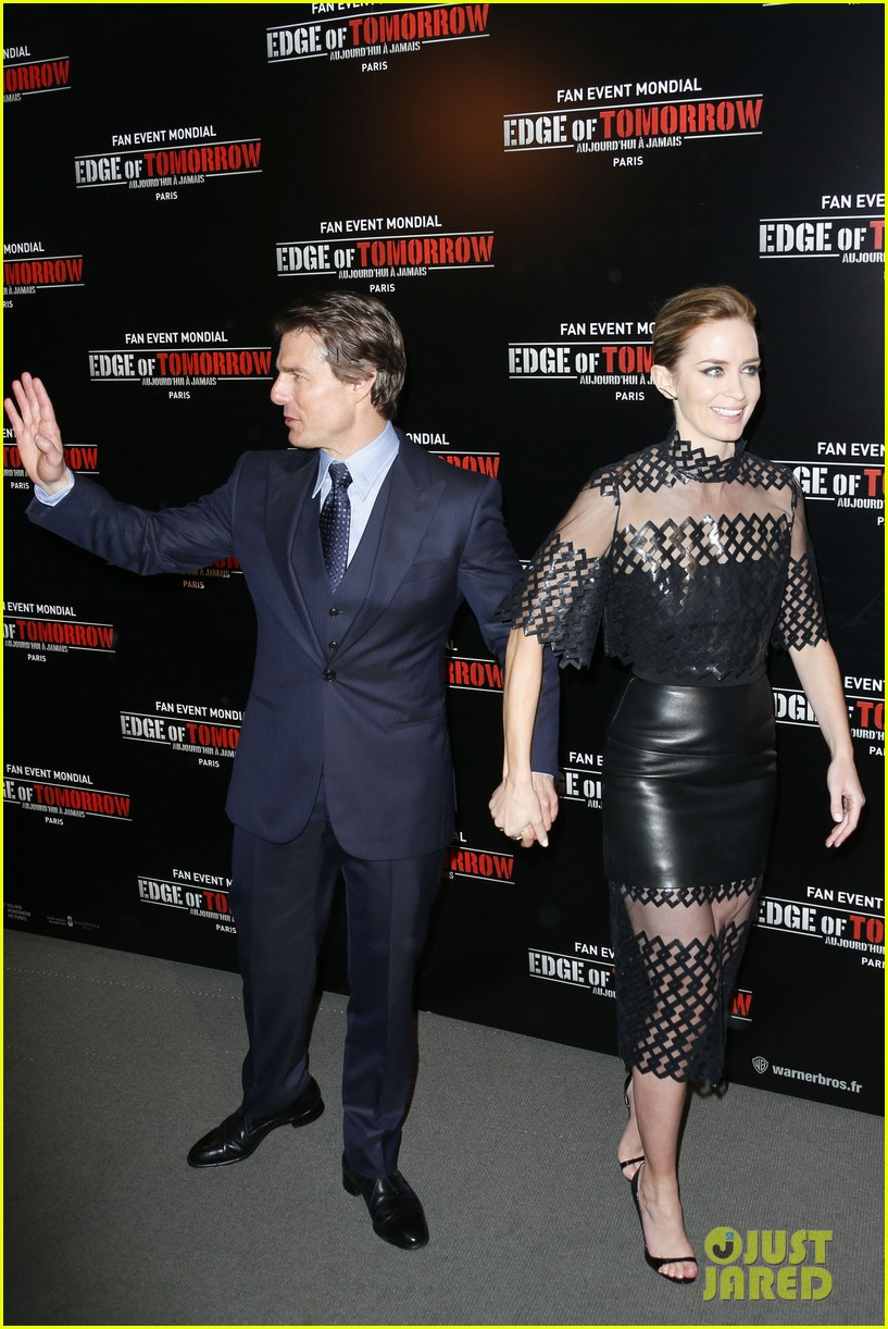 tom cruise emily blunt premiere edge of tomorrow in second city of the day 033123331