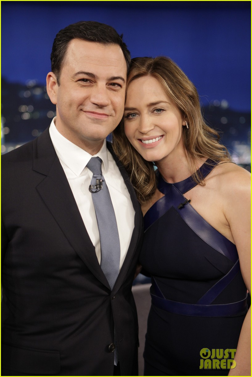emily blunt reveals she took tom cruise to a sex club 063114572