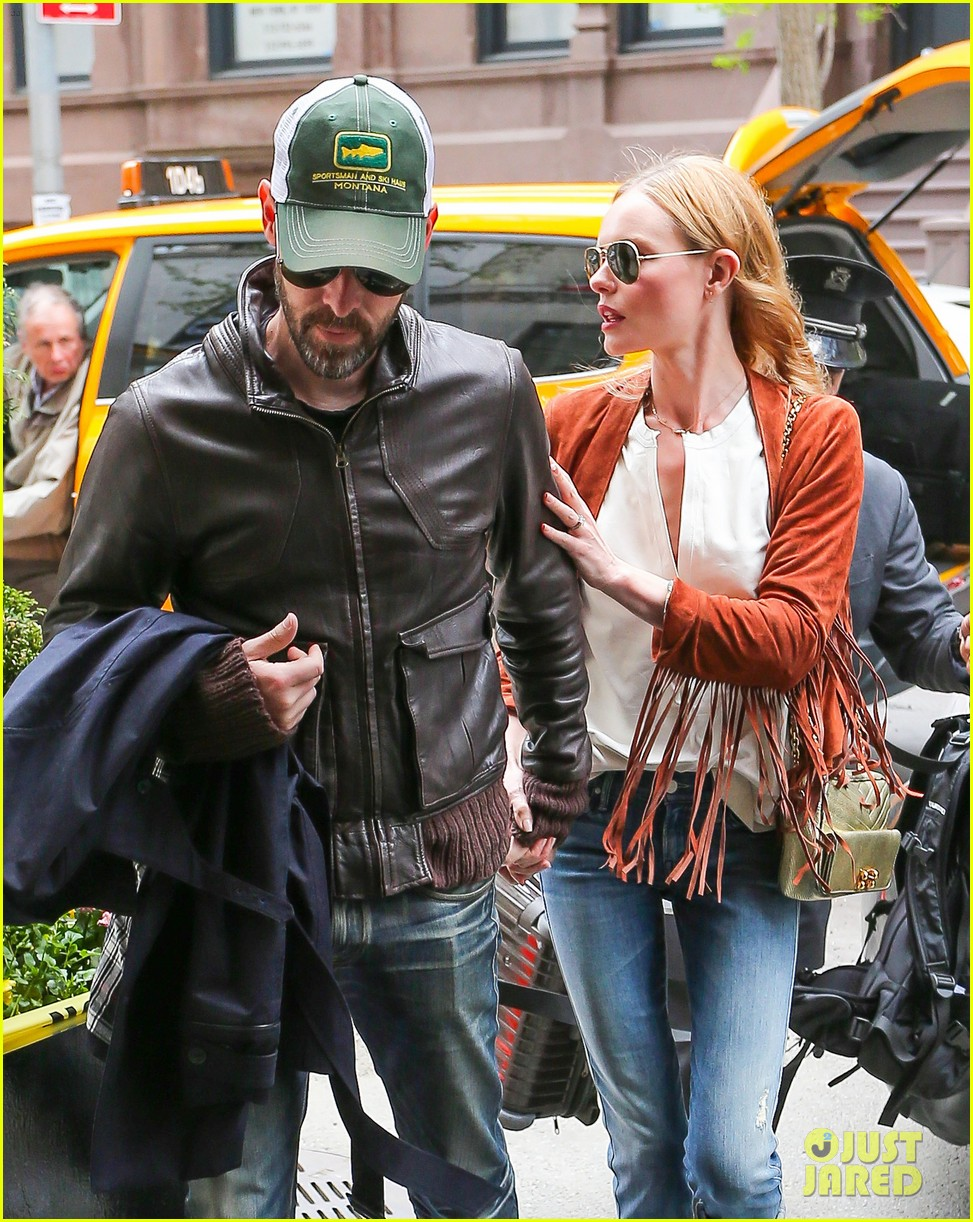 kate bosworth michael polish central park stroll 023104139