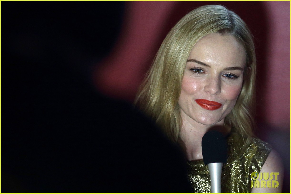 kate bosworth shimmers in singapore at skii fashion show 063117191