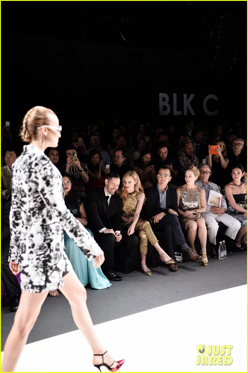 kate bosworth shimmers in singapore at skii fashion show 093117194