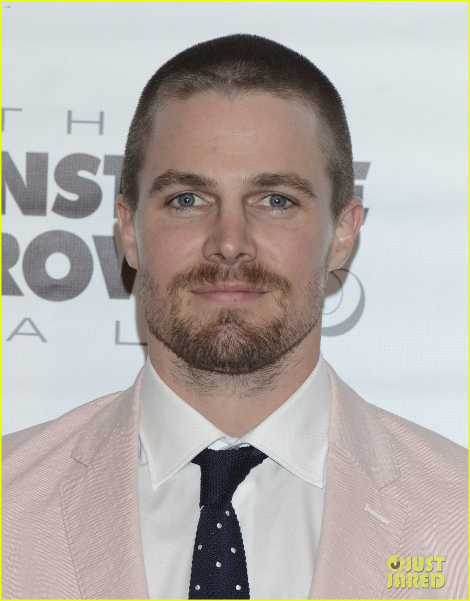 tom brady stephen amell add hunk factor to kentucky derby 203104287