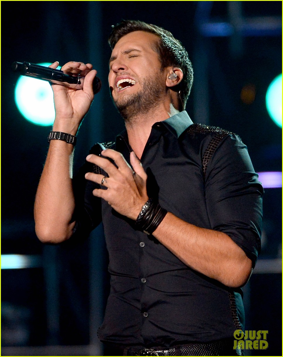 luke bryan billboard music awards 2014 04