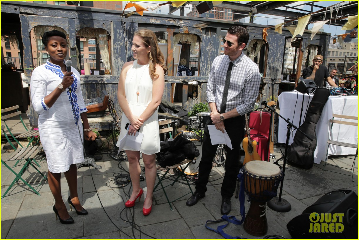 jamie chung supports fiance bryan greenberg olevolos project brunch 313105215