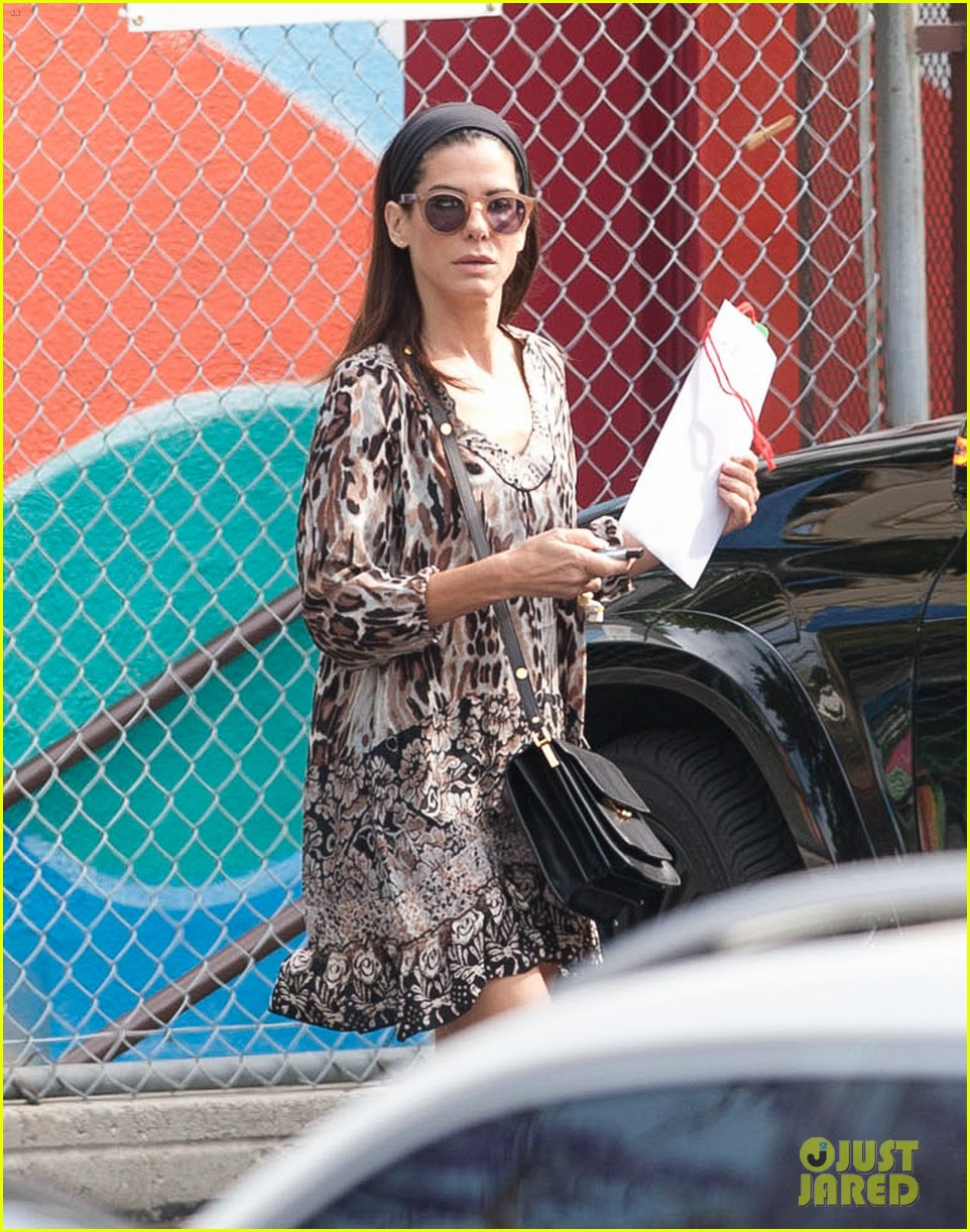 sandra bullock steps out after chris evans romance rumors 043124083