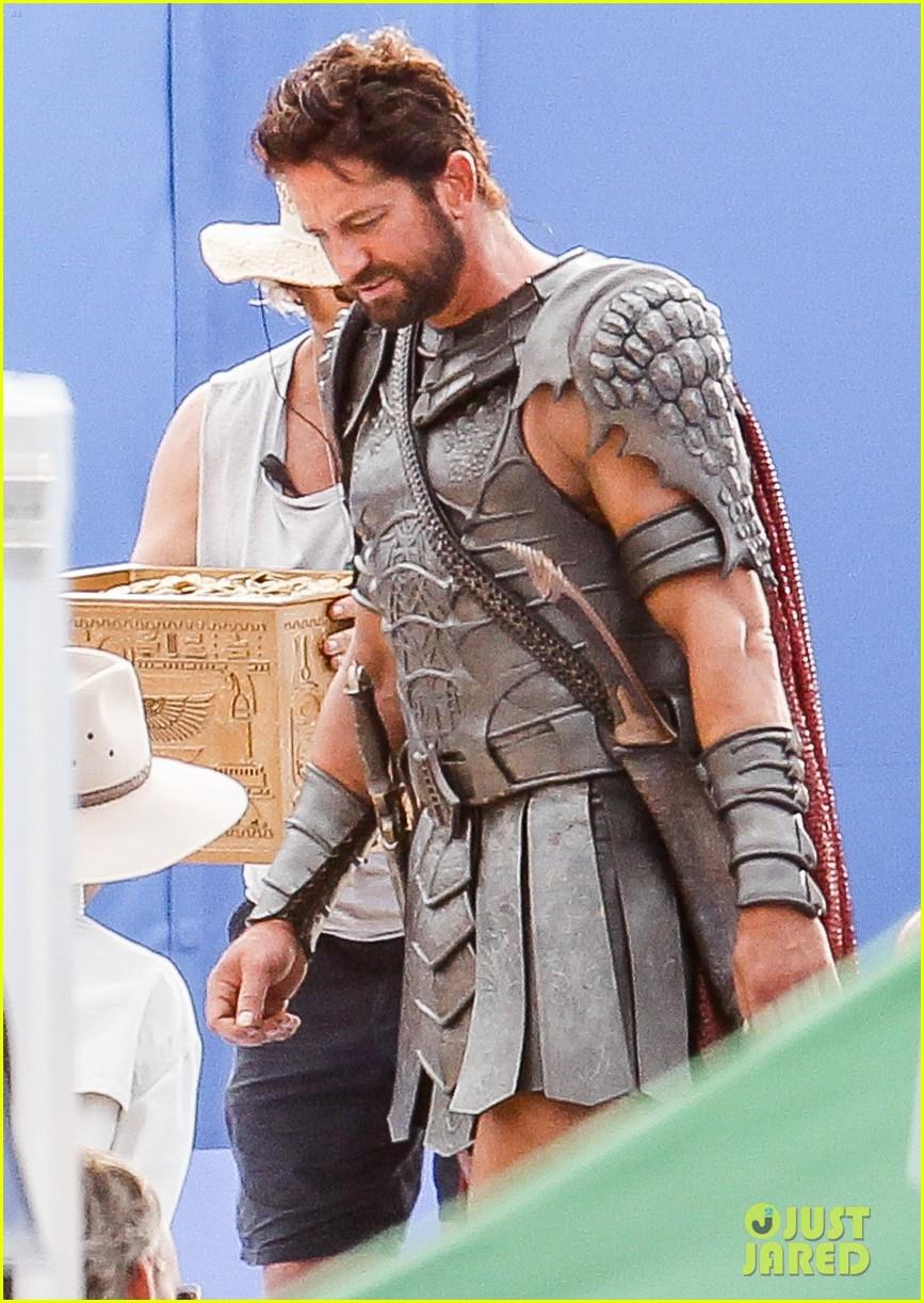 gerard butler gods of egypt filming 013122584
