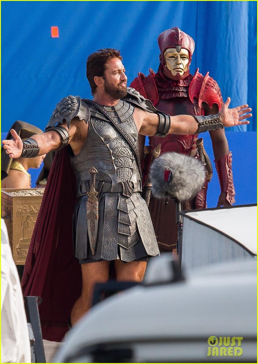gerard butler gods of egypt filming 063122589