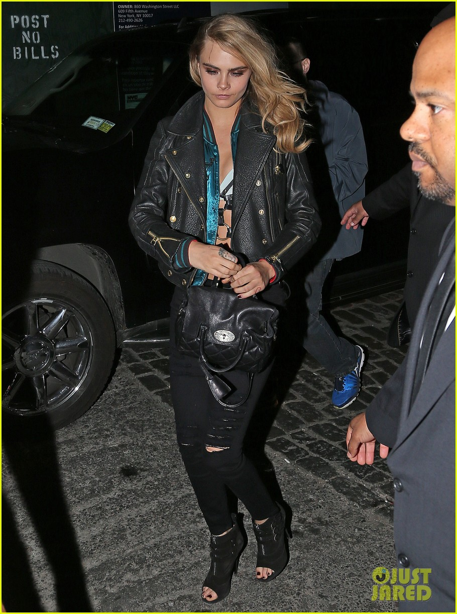 cara delevingne changes up her outfit for met ball after party 2014 013106746