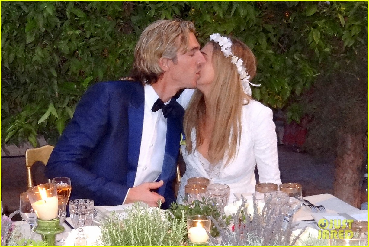 cara delevingne sister poppy second wedding morocco 043122396