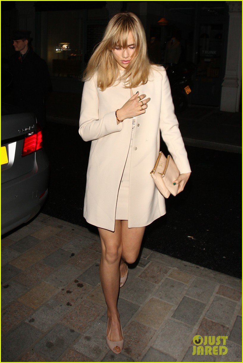 cara delevingne suki waterhouse have another night on the town 173102778