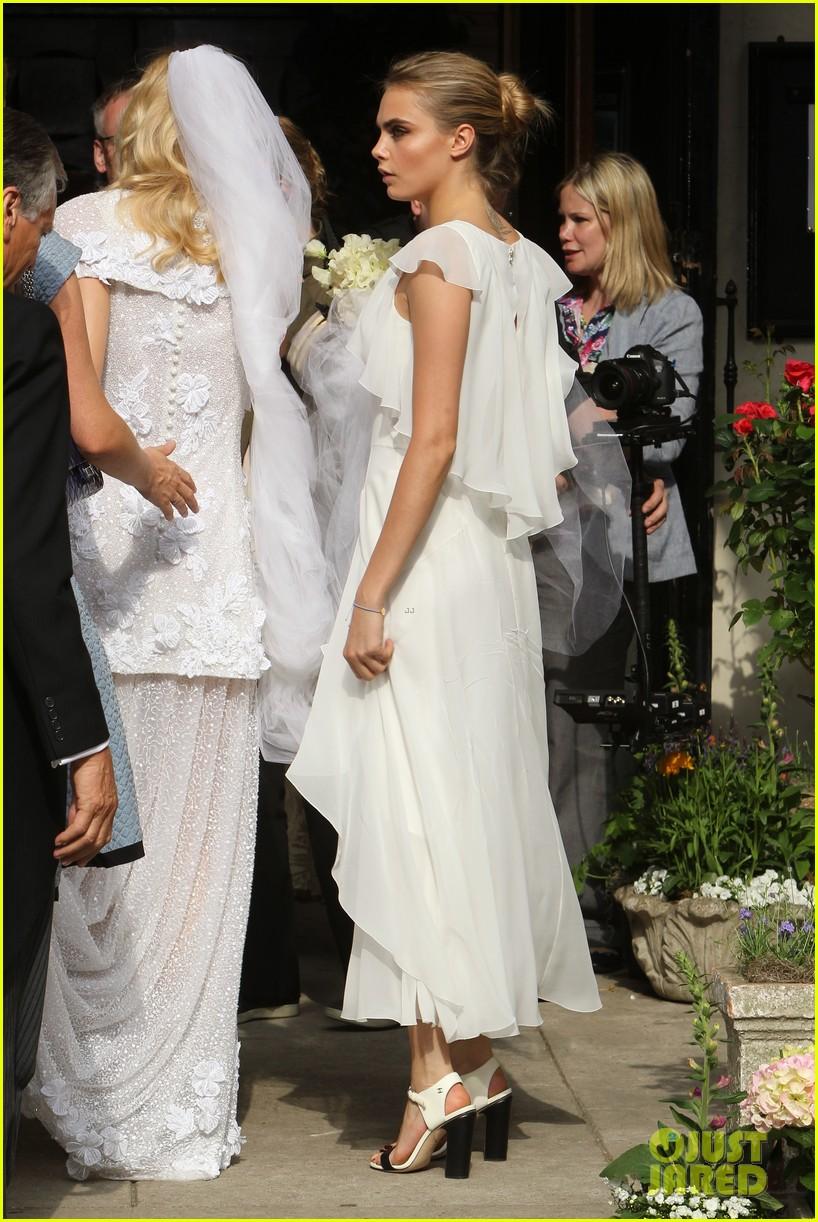 cara delevingne sister poppys wedding 063115971