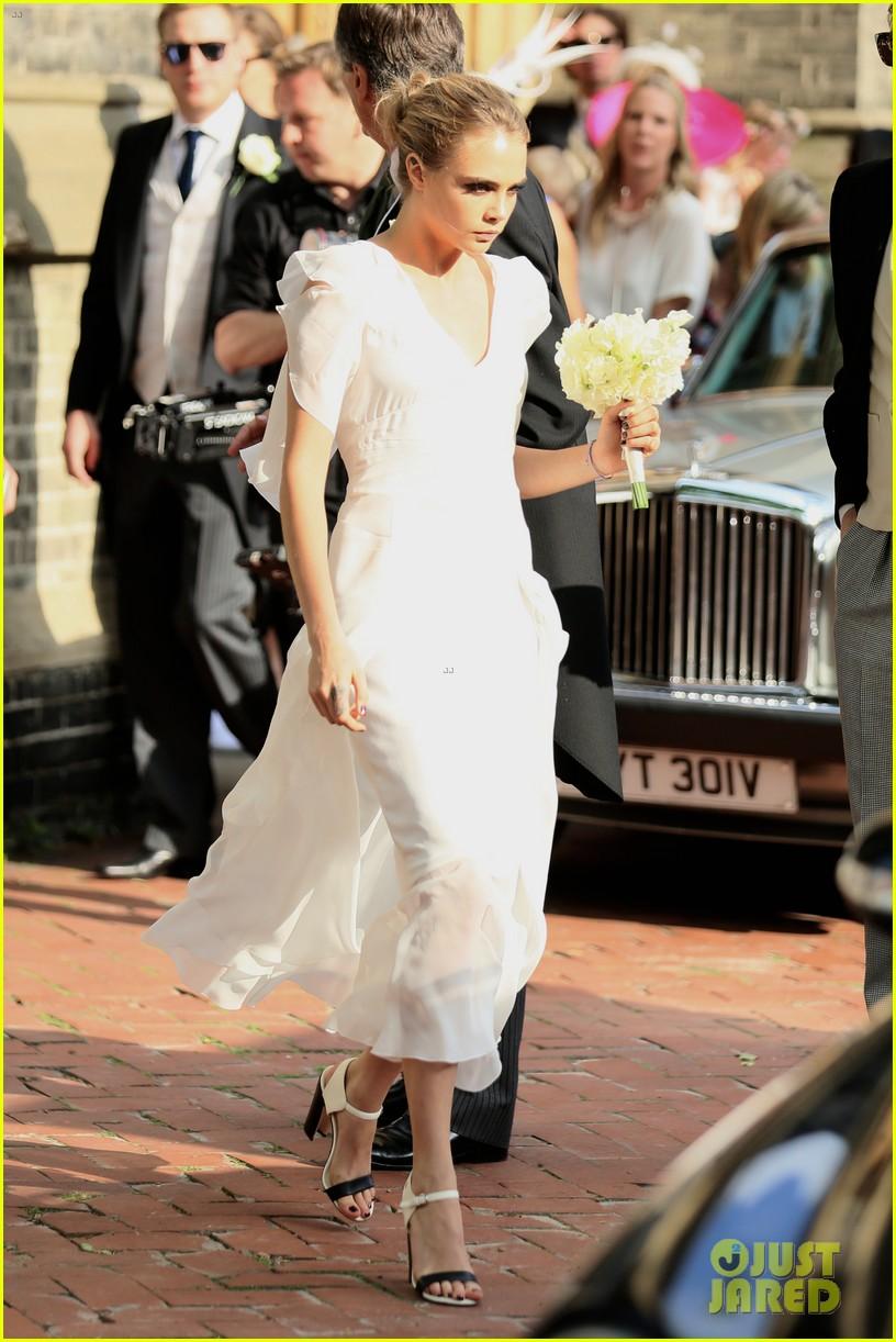 cara delevingne sister poppys wedding 10