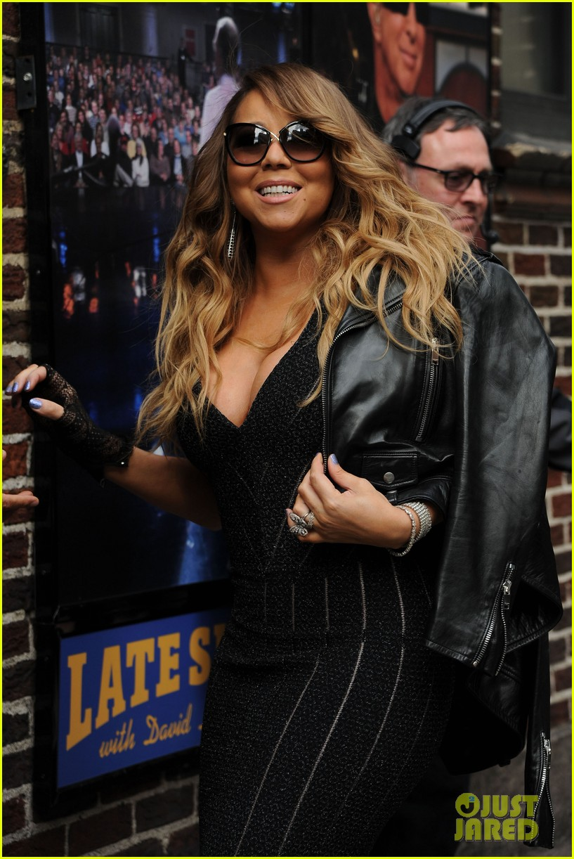 mariah carey rocks form fitting dress for letterman visit 093107856