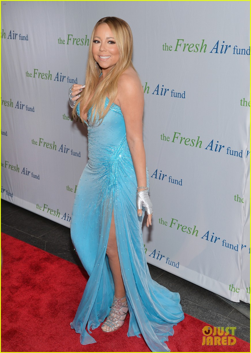 mariah carey flaunts major cleavage fresh air fund gala 043124324
