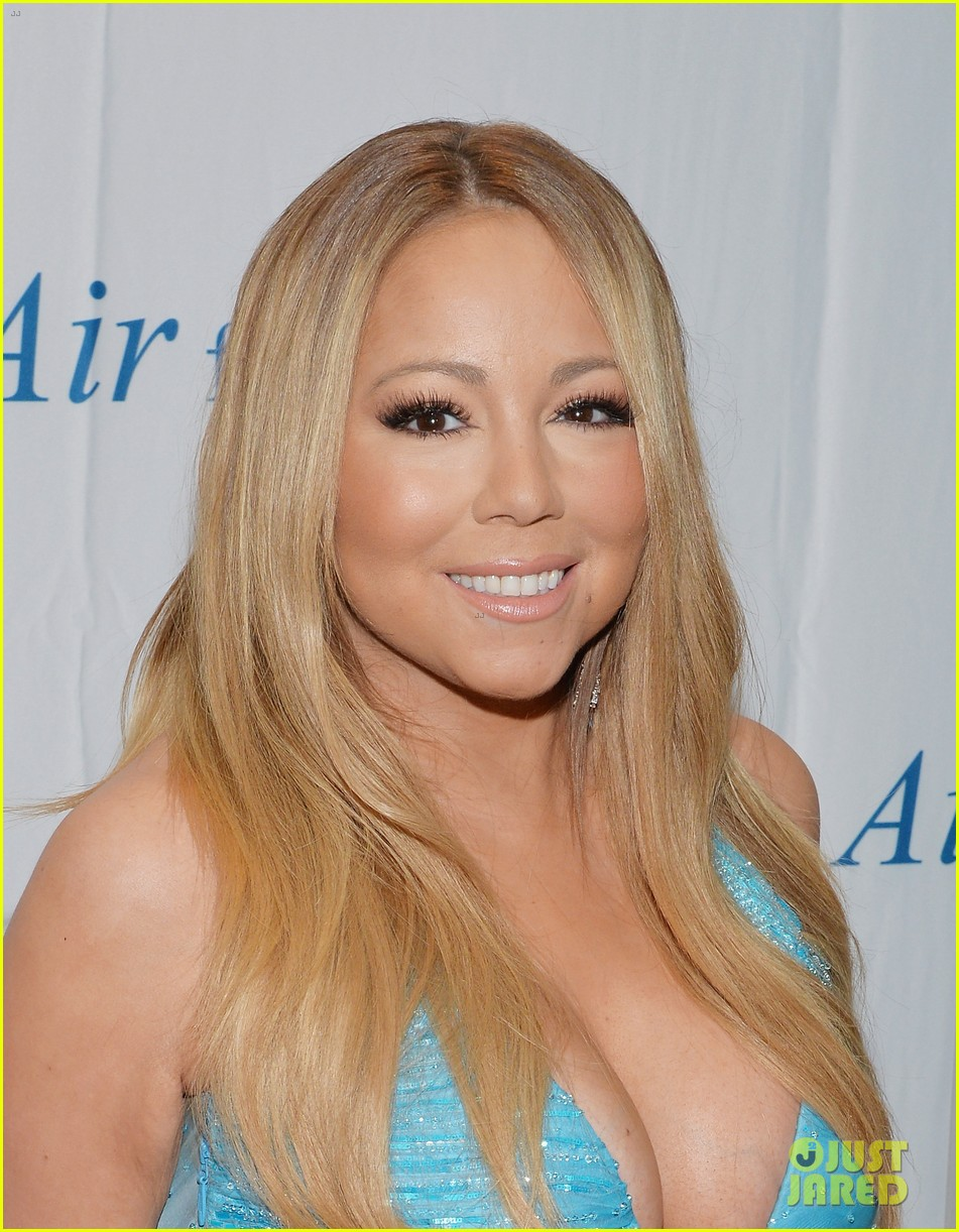 mariah carey flaunts major cleavage fresh air fund gala 063124326