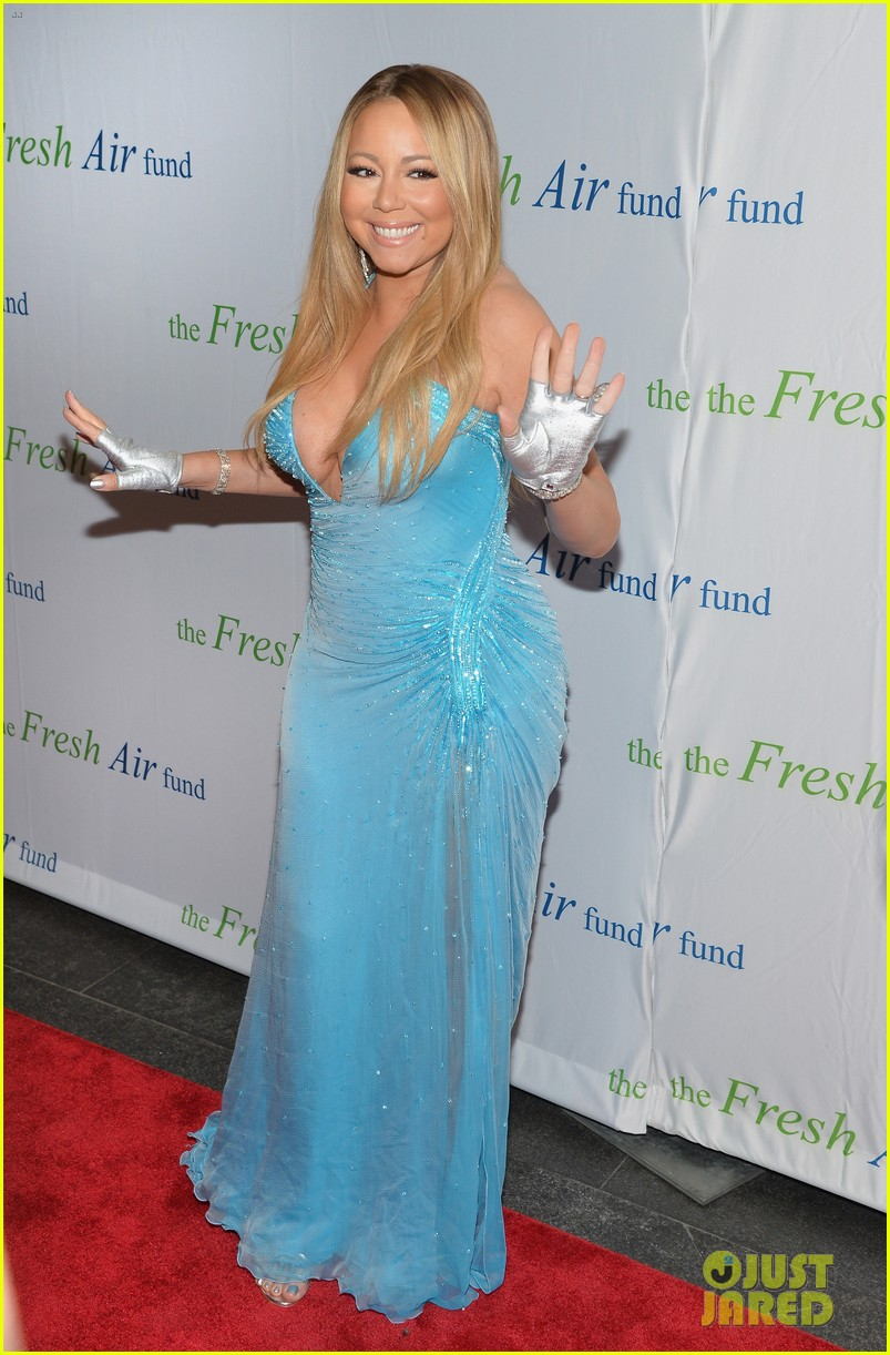 mariah carey flaunts major cleavage fresh air fund gala 08