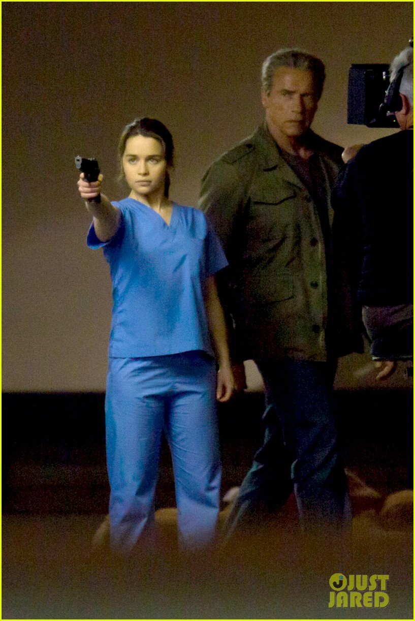 emilia clarke super fierce on terminator genesis set 303124364