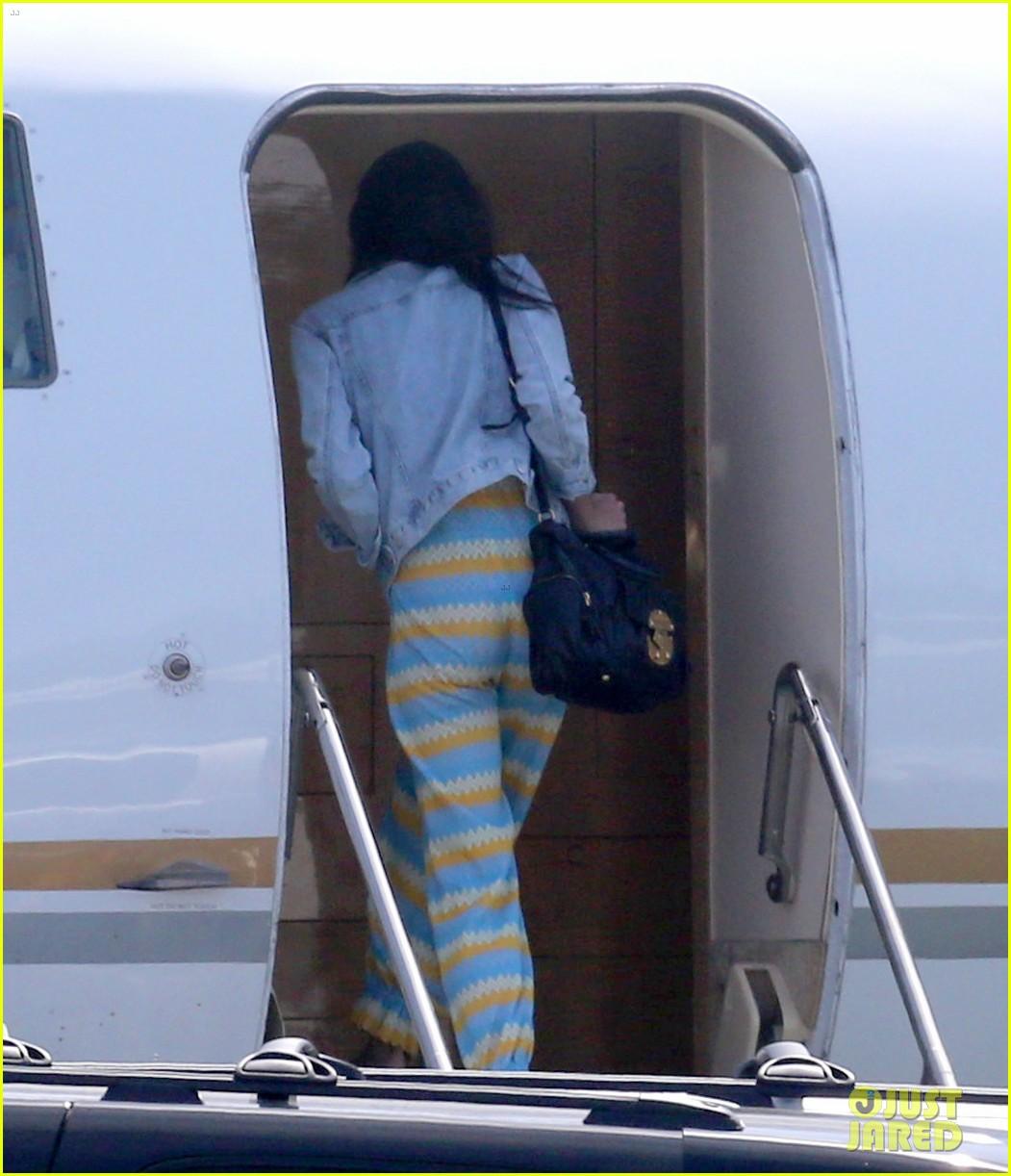 george clooney fiancee amal alamuddin catch a private flight 013103215