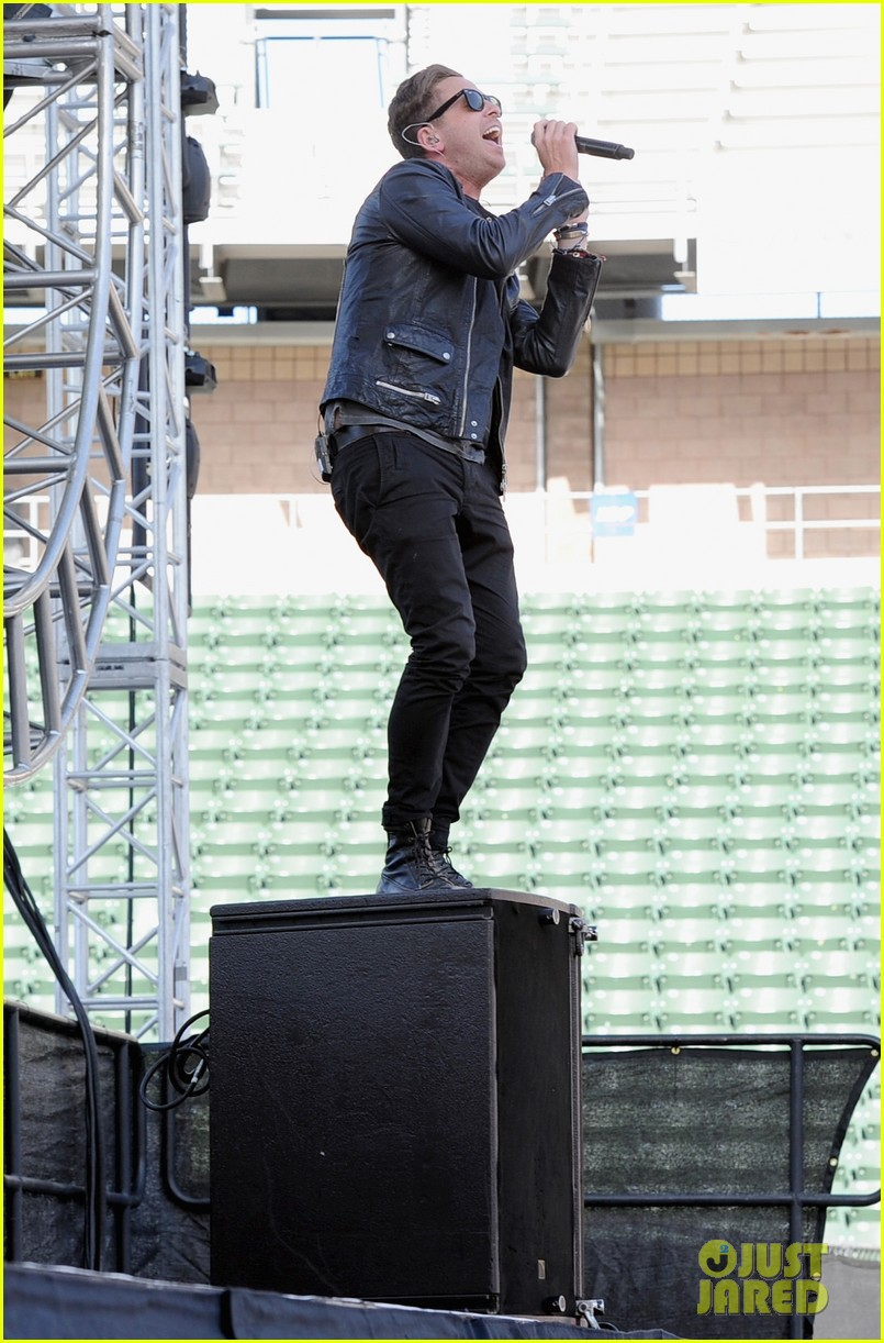 cody simpson one republic wango tango 2014 063110791