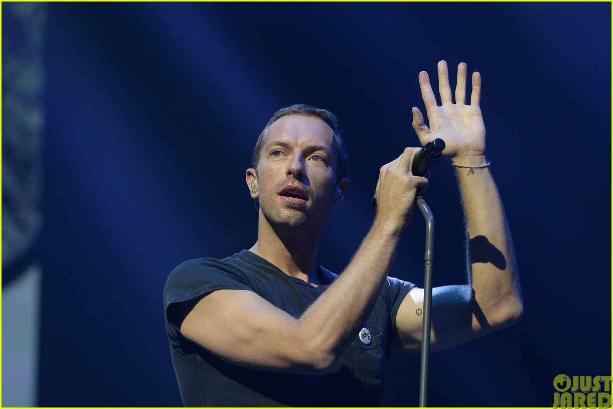 coldplay and pharrell bring happy to radio 1 big radio weekend concert053121581