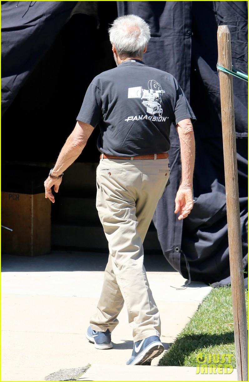 bradley cooper sienna miller get prepped to film american sniper 203114252