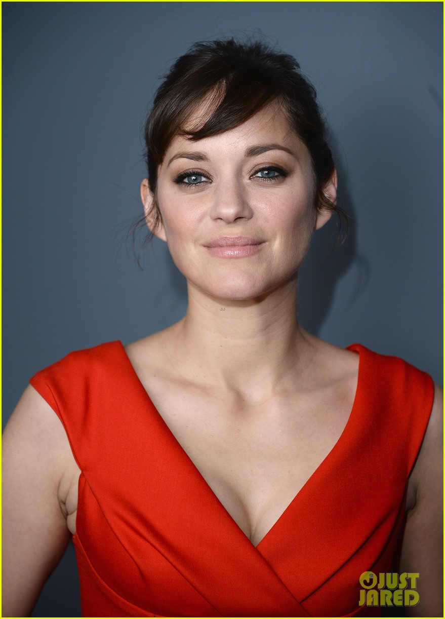 marion cotillard switches into bright mini dress for the immigrant after party 013107283