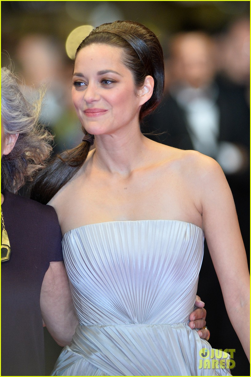 marion cotillard supports guillaume canet cannes premiere 093119203