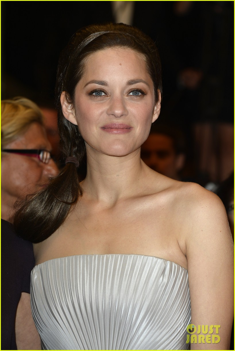 marion cotillard supports guillaume canet cannes premiere 193119213