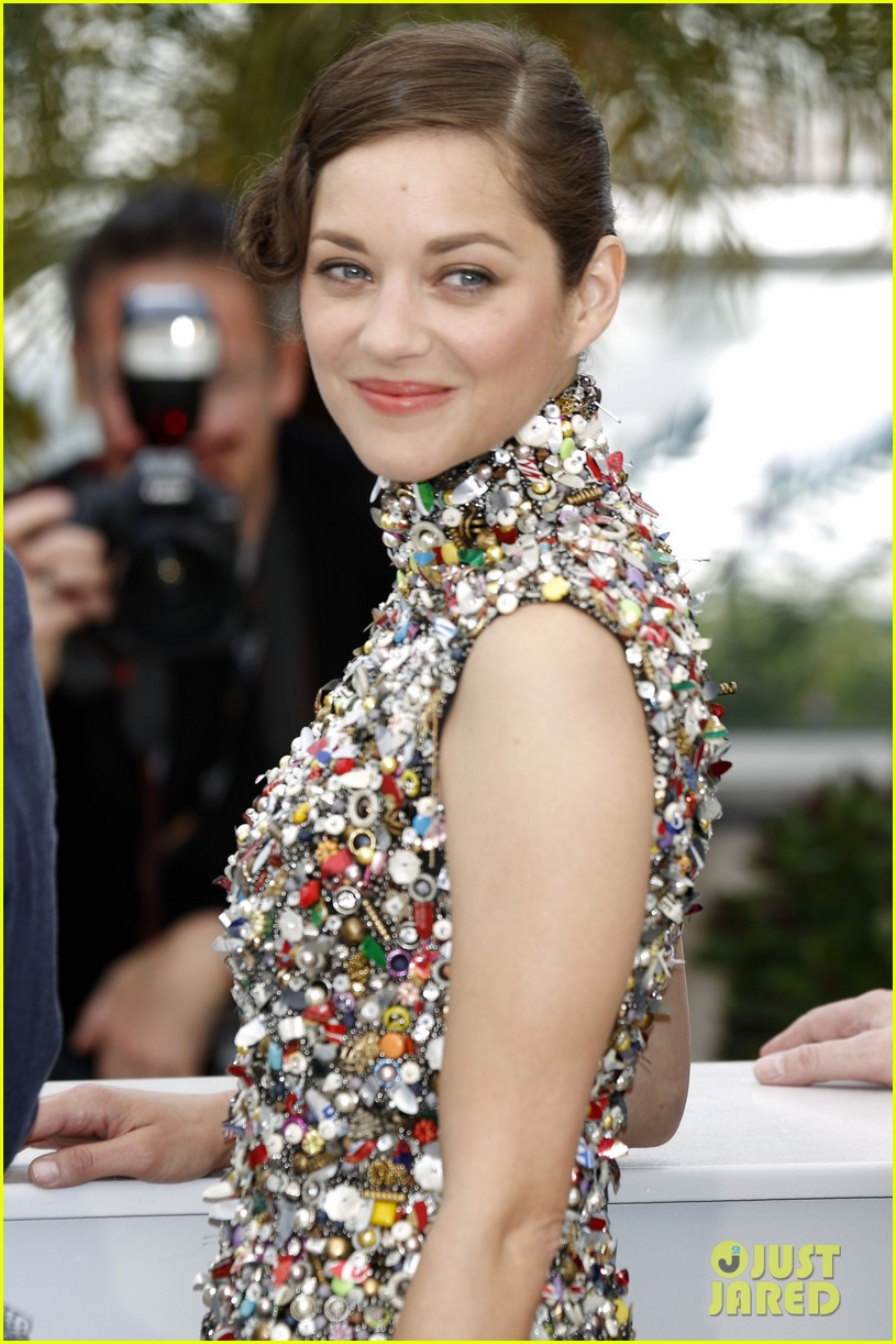 marion cotillard cannes two days one night photo call 023117996