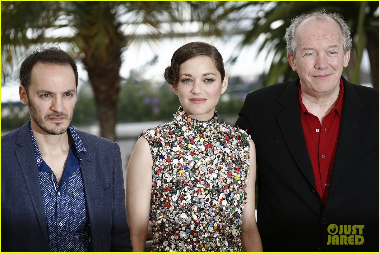 marion cotillard cannes two days one night photo call 143118008