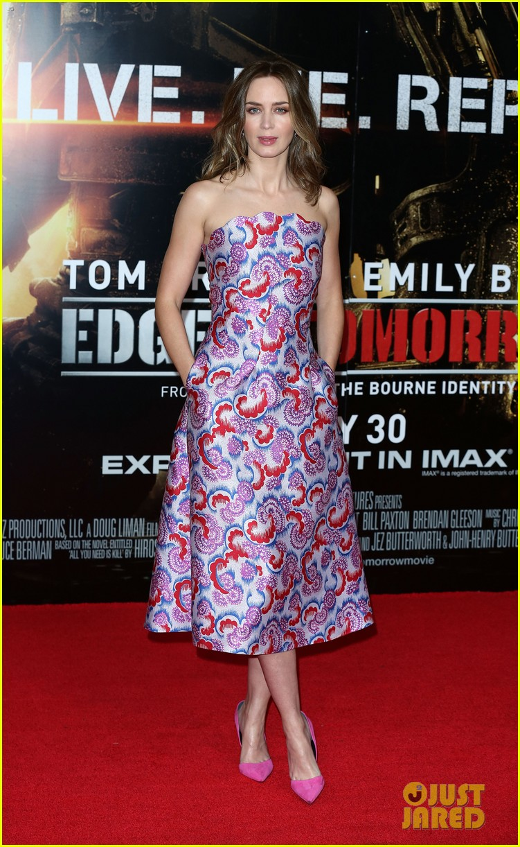 tom cruise emily blunt premiere edge of tomorrow in london 033123169
