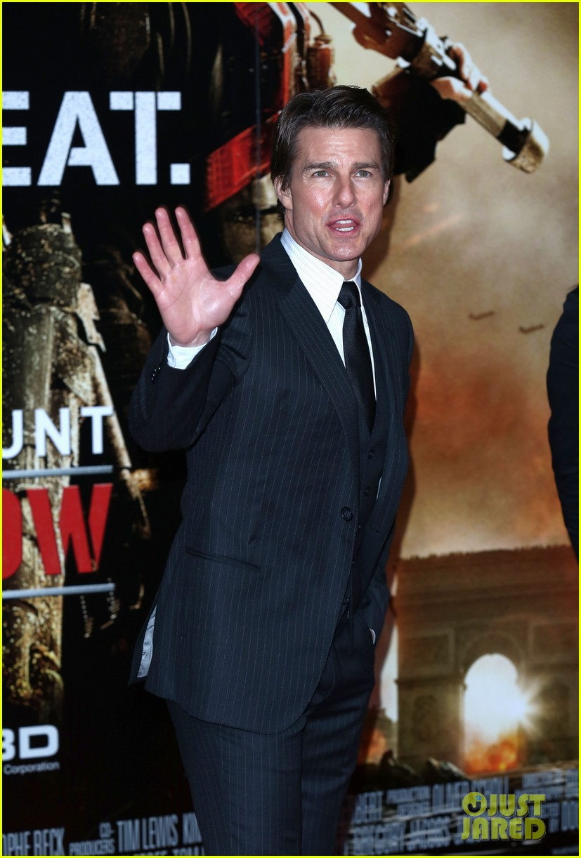 tom cruise emily blunt premiere edge of tomorrow in london 063123172