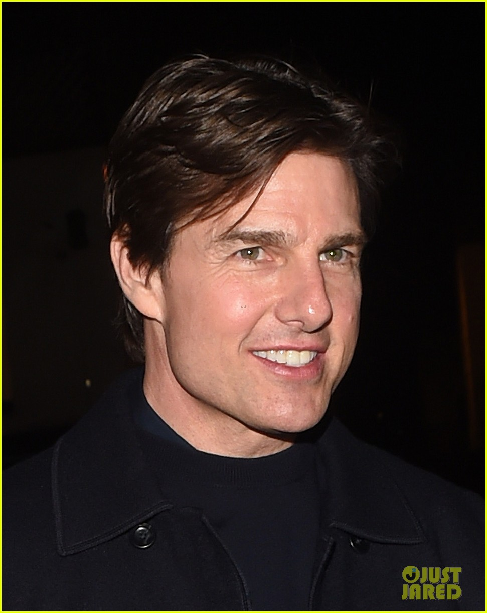 tom cruise jumped on oprahs couch nine years ago 043118510