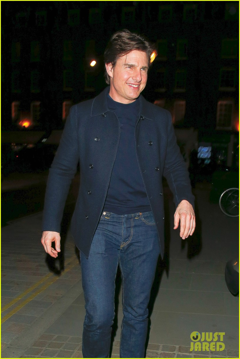 tom cruise jumped on oprahs couch nine years ago 063118512