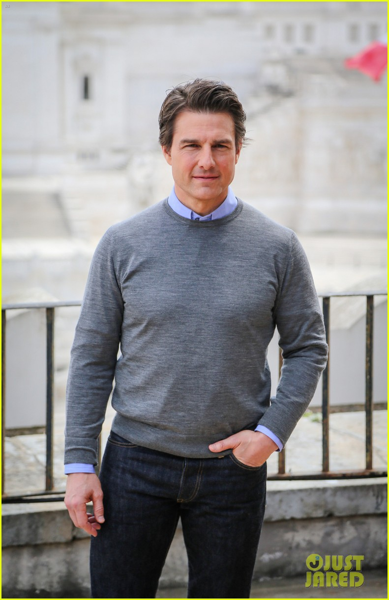 tom cruise getting prepped for three cities in one day 053122692