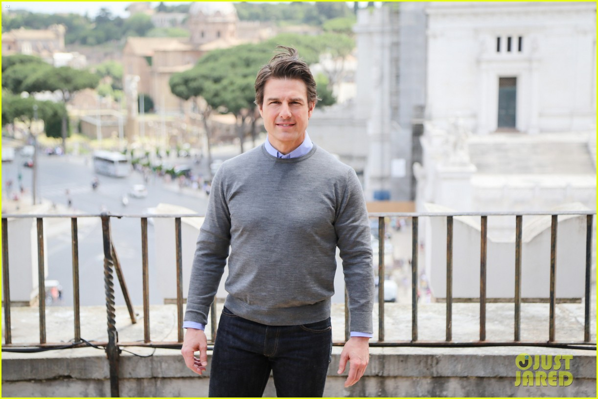 tom cruise getting prepped for three cities in one day 063122693