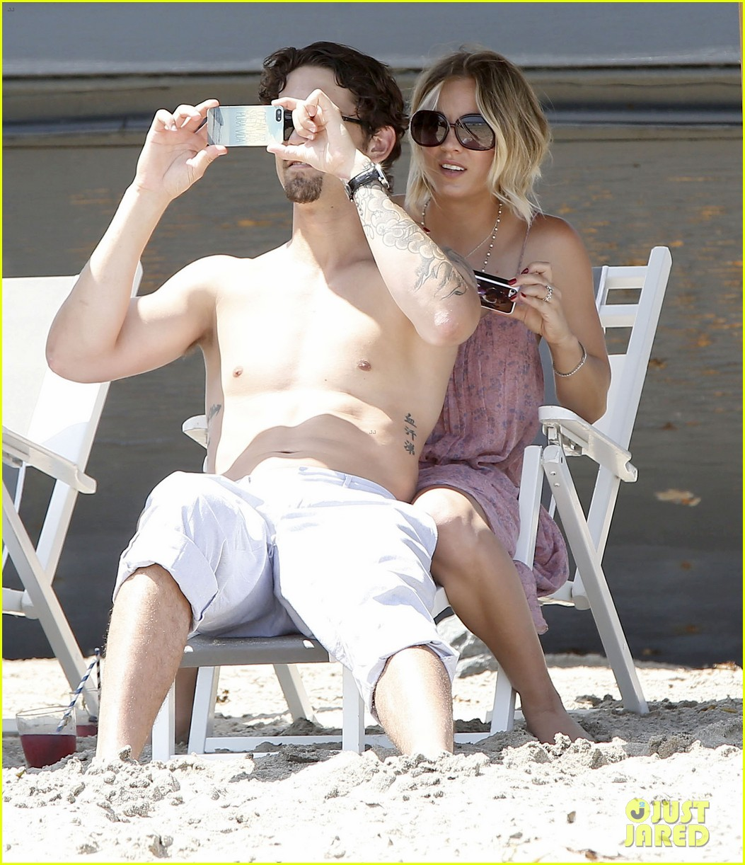 kaley cuoco hits up joel silvers memorial day party with ryan sweeting 253122558