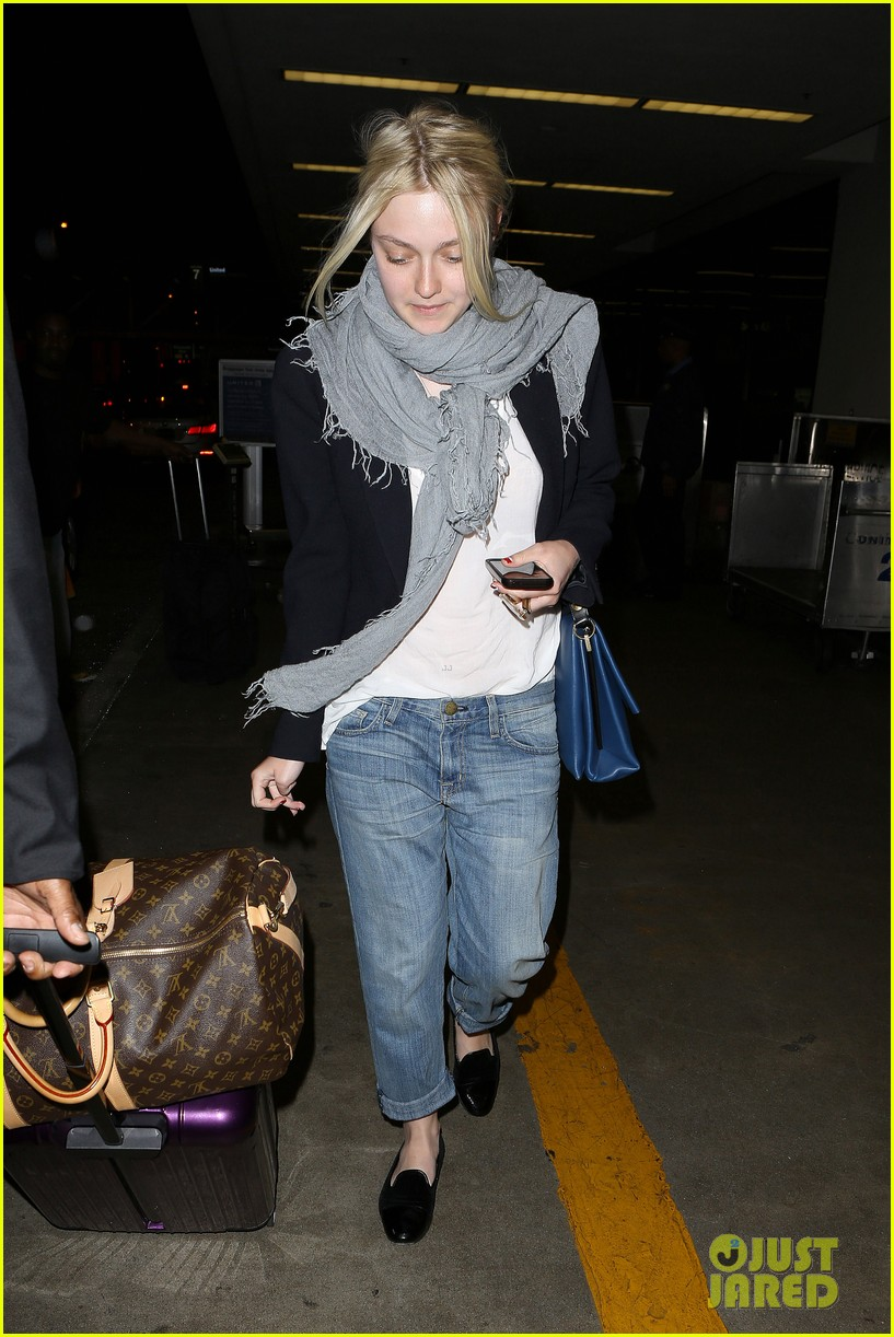 dakota elle fanning are kate middletons cousins 103123803